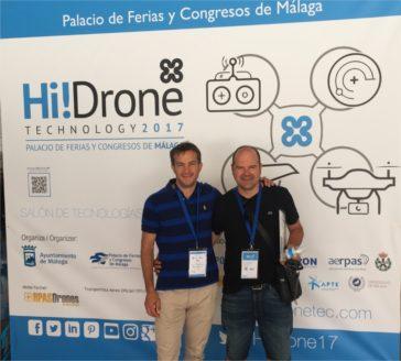 Pilotos certificados de drones en León.